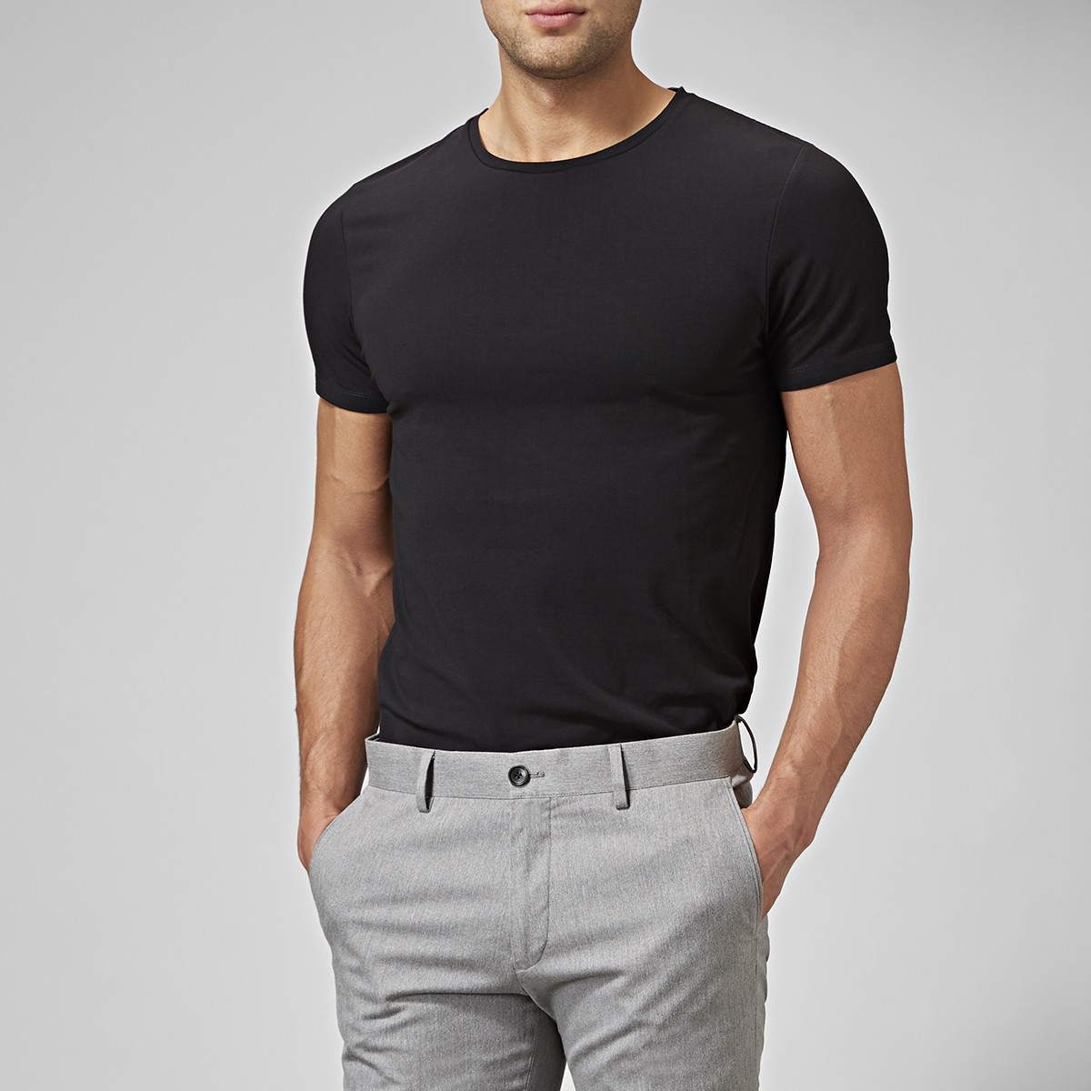 T-shirt Holborn O-neck Svart 2 | Riley | Brothers.se