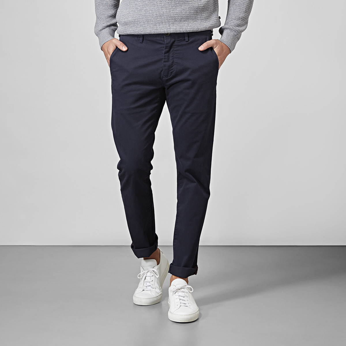 Slim fit chinos - mörkblå | East West | Brothers.se