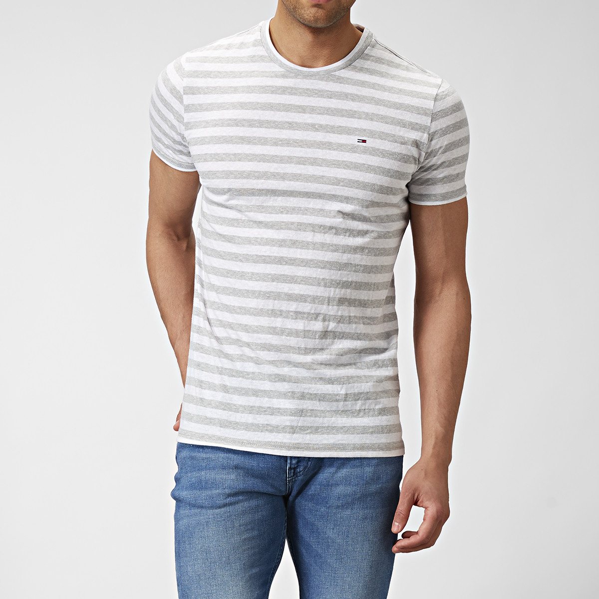 T-shirt Essential Stripe Grå | Tommy Hilfiger | Brothers.se