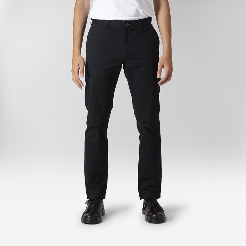 Baxter Stretch Chinos Svart | East West | Brothers.se