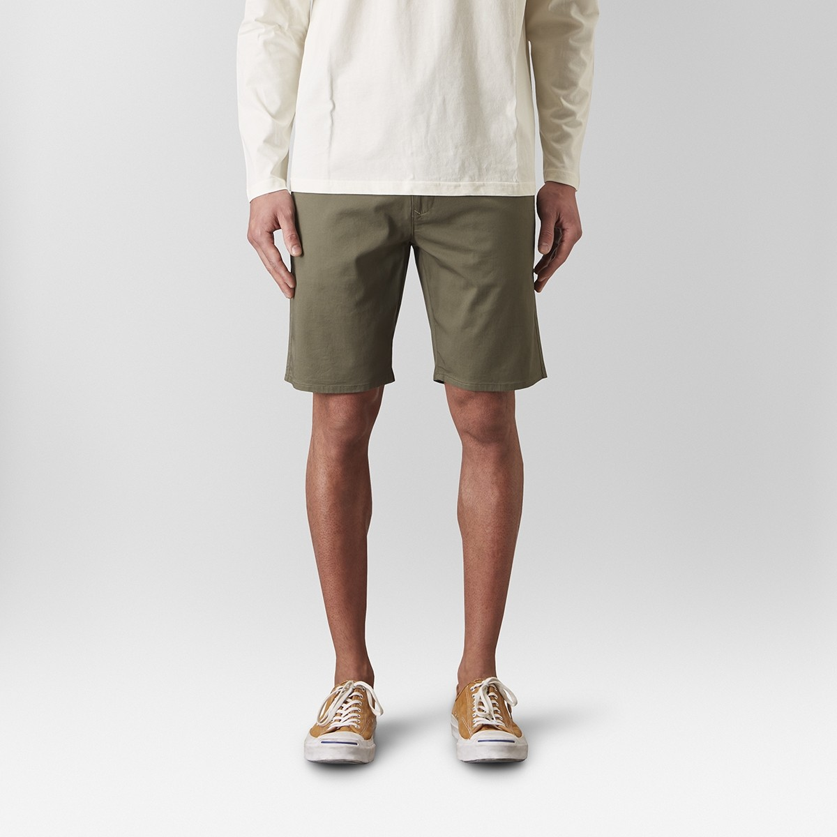 Bowery Chinos Short Grön | East West | Brothers.se