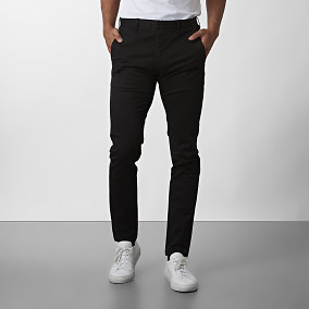 Barton Chino Super slim fit Svart | East West | Brothers.se