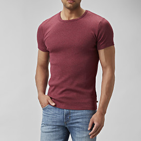T-shirt O-neck Vinröd | East West | Brothers.se