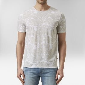 Kenji Mönstrad T-shirt Beige | East West | Brothers.se