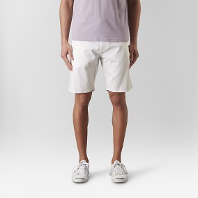 Bowery Chinos Short Vit | East West | Brothers.se
